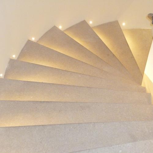 Bodenbeleuchtung Strahler Einbaustrahler indirekte Beleuchtung Treppenlicht Brinkmann Mikosch Gundelfingen Freiburg