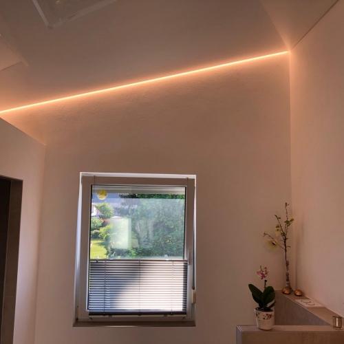 LED-Licht Lichtleiste Lichtschiene Lichttechnik Elektrotechnik Brinkmann Elektroinstallation Sanierung Mikosch Gundelfingen